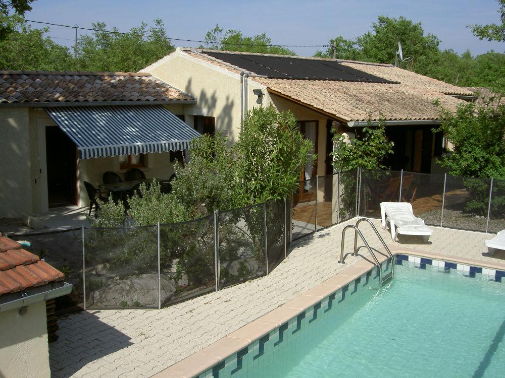 Ard che m ridionale mas avec piscine priv e proche vallon for Location maison piscine ardeche