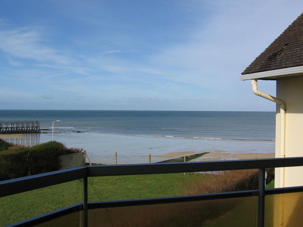 Vacance jour weekend semaine bord de mer luc sur mer for Achat maison calvados bord de mer