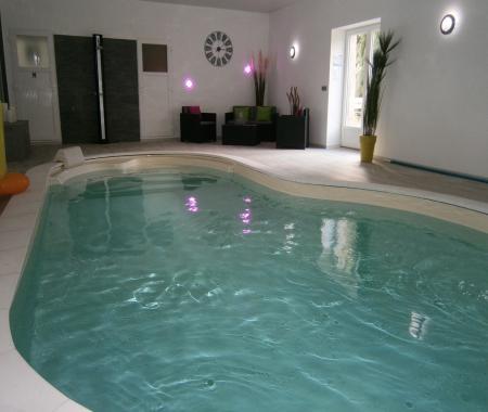 G te 6 personnes avec piscine interieure cartigny l for Hotel avec piscine calvados