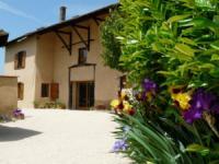 Location gîte, chambres d'hotes PLAINE ET COLLINE dans le département Isère 38