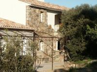 Location gîte, chambres d'hotes Les chambres de l'hôte antique dans le département Corse du Sud 2a
