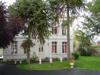 Location gîte, chambres d'hotes Chambres d'hôtes de charme Domaine des Araucarias dans le département Pas de Calais 62