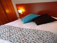 Location gîte, chambres d'hotes Location cottage T3 dans résidence avec piscine & SPA dans le département Indre et Loire 37