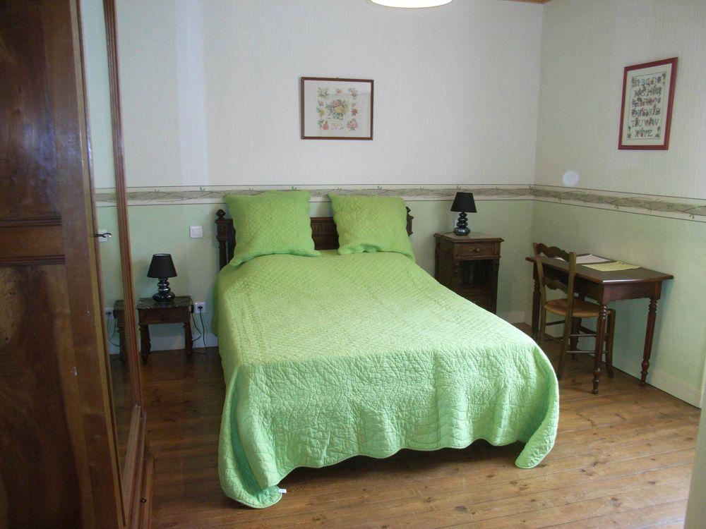c63b7cad062 Location de particuliers à particuliers LA MENUISERIE Chambres d hotes  Charente