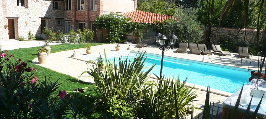 domaine de la tannerie piscine chauffe spa sauna hammam chambres d hotes prades languedoc roussillon pyrnes orientales
