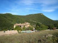 Location gîte, chambres d'hotes Mas Suéjol site préservé, situé en pleine nature au pied des Cévennes méridionales dans le département Gard 30
