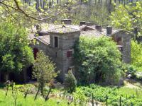 Location gîte, chambres d'hotes Chambres d'hôtes de charme en Cévennes, magnifique mas cévenol tout en schiste dans le département Gard 30