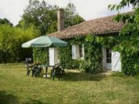 Location gîte, chambres d'hotes Gîte Régina proche Sauternes, Langon, Saint Emilion, belle vue dégagée sur le vignoble, sans mitoyenneté.  dans le département Gironde 33