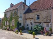 Location gîte, chambres d'hotes Chambres dhotes La Vallee Verte entre Langres et Dijon dans le département Haute Marne 52