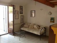 Location gîte, chambres d'hotes Gite Laure et Pétrarque Aux portes du Luberon et de la Camargue dans le département Bouches du rhône 13
