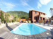 Location gîte, chambres d'hotes Gîtes des Grès complexe en ossature bois bioclimatique, piscine, jacuzzi dans le département Drôme 26