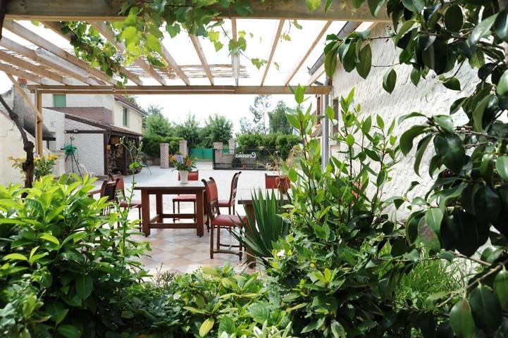 chambres et table d 39 h tes pr s d 39 orl ans germigny des pr s. Black Bedroom Furniture Sets. Home Design Ideas