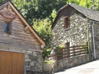 Location gîte, chambres d'hotes Fleur de Pierre endroit calme et pittoresque petit village du Parc National des Pyrénées dans le département Hautes Pyrénées 65