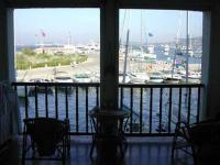 Location gîte, chambres d'hotes Port Grimaud studio location vacance Vue mer & Saint Tropez dans le département Var 83