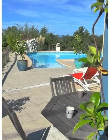 La bastide des cades villa avec piscine aiguines - Chambre d hotes var avec piscine ...