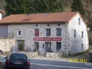 Location gîte, chambres d'hotes Restaurant chambres d'hôtes les trois terres dans le département Loire 42