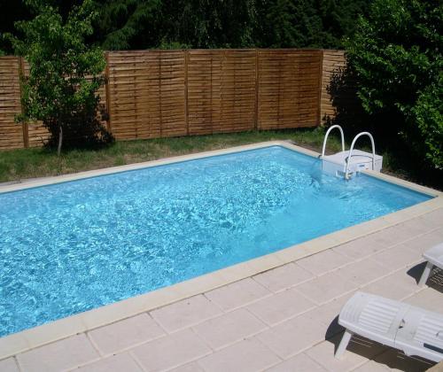 Maison r nov e cantal 4 proche aurillac piscine - Location auvergne piscine ...