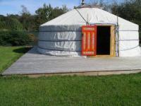 Location gîte, chambres d'hotes Yourtes d'hôtes près de st Malo dans le département Ille et Vilaine 35