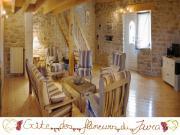 Location gîte, chambres d'hotes Chalet Jurassien pierres et bois 2,3,4,5 personnes Jura Franche-Comté dans le département Jura 39