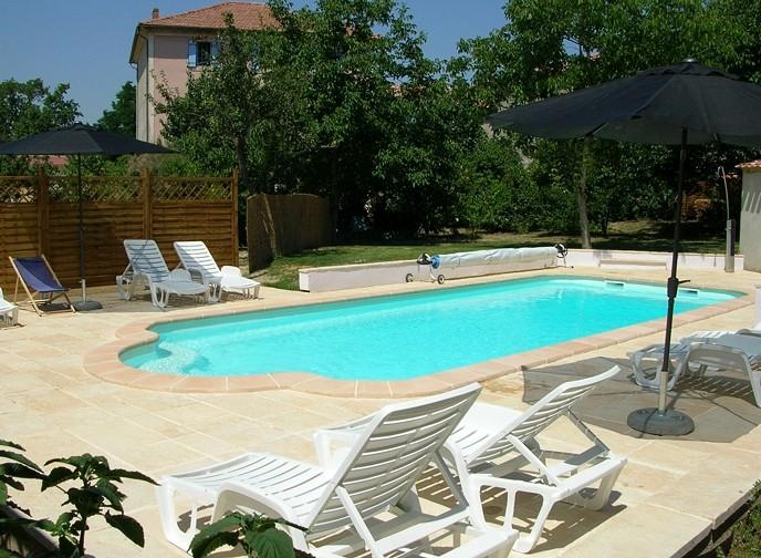 Gite a carcassonne aude for Camping carcassonne piscine