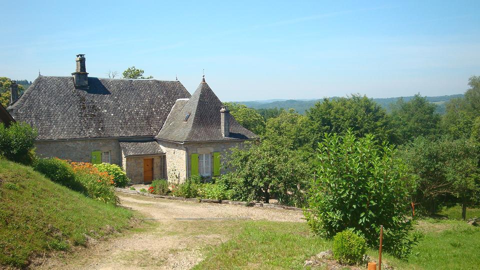 Maison du pays saint martin la m anne saint martin - Location maison correze ...
