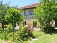 Location gîte, chambres d'hotes Chambres d'hôtes Chaponost A 15 minutes de Lyon dans le département Rhône 69