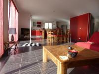 Location gîte, chambres d'hotes TY GLAZ PENTREZ, plain-pied, terrasse vue mer dans le département Finistère 29