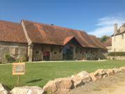 Location gîte, chambres d'hotes Marie de Serles en chambres d'hôtes en Bourgogne dans le département Saône et Loire 71