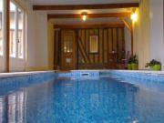 Location gîte, chambres d'hotes Villa normande avec piscine intérieure chauffée dans le département Eure 27