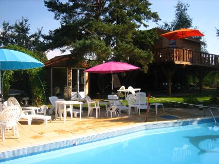 Chambres DHtes Cabanes Proche Zoo Beauval  MareuilSurCher