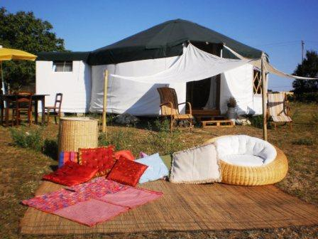 yourte, tente nomade et chambre d hôte gondrin, gers à gondrin