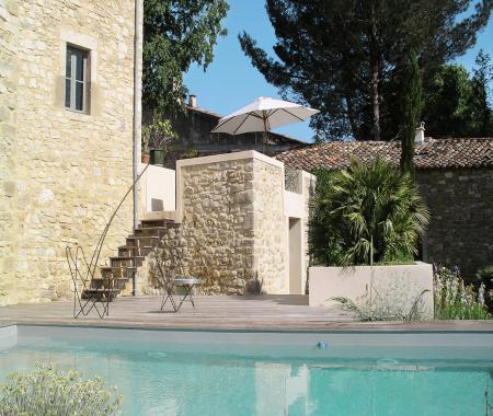 Chambre d hote proche uzes avec piscine collorgues for Chambre d hotes uzes