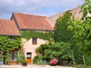 Location gîte, chambres d'hotes LA MAISON DES ABEILLES au cœur du vignoble Bourguignon à 7kms de Beaune dans le département Côte d'or 21