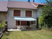Location gîte, chambres d'hotes La Maison de Lect Moyenne montagne, sur la route des Lacs dans le Parc Naturel du Haut-Jura dans le département Jura 39