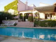 Location gîte, chambres d'hotes Studio pour un couple avec piscine dispo du 19 au 31 août dans le département Hérault 34