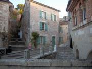 Location gîte, chambres d'hotes GITE DU PENNOIS, Maison indépendante dans le village remarquable de Penne d'Agenais dans la vallée du Lot proche de Villeneuve sur Lot dans le Sud-Ouest de la france. dans le département Lot et Garonne 47