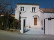Location gîte, chambres d'hotes Location de vacances – Avignon entre Mont Ventoux, Luberon et Alpilles, dans le département Vaucluse 84