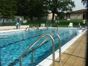 Location de particuliers à particuliers VILLAGE DE VACANCES DE BRILLAC 16 CHARENTE PISCINE UN GITE ACCESSIBLE HANDICAPE Gîte Charente photo 3