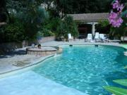Location gîte, chambres d'hotes Les Santolines,une oasis en Provence dans le département Vaucluse 84