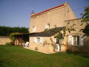 Location gîte, chambres d'hotes Très belle maison jardin clos Situation idéale pour visiter dans le Pays d'Auge dans le département Calvados 14