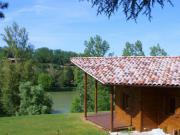 Location gîte, chambres d'hotes Location chalet vacances A la limite du Gers, pays gascon dans le département Lot et Garonne 47