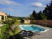 Location gîte, chambres d'hotes Chambre d'hôtes en provence, piscine, entre L' Isle La Sorgue et Fontaine de Vaucluse dans le département Vaucluse 84