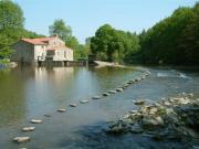 Location gîte, chambres d'hotes Le Moulin de Poupet situé à 10 minutes du Puy du Fou et au coeur de la vallée de la Sèvre Nantaise dans le département Vendée 85
