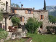 Location gîte, chambres d'hotes Lou Soubran & Lou Soutran - La Maison de Julie village médiéval d'Entrevaux dans le département Alpes de haute provence 4