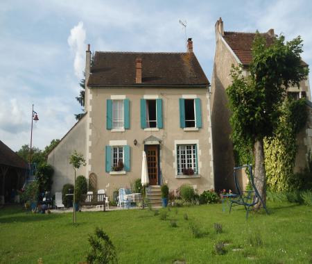 La maison bleue au coeur de la puisaye arquian - Chambre d agriculture de la nievre ...