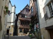 Location gîte, chambres d'hotes Gîte de la Maison Rouge au coeur du quartier médiéval ***NN dans le département Indre et Loire 37