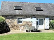Location gîte, chambres d'hotes Gîte au calme à 12km de la mer prés de Locronan dans le département Finistère 29