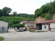 Location gîte, chambres d'hotes En Drôme dans ferme arboricole au coeur d' une petite vallée de la Drôme des Collines dans le département Drôme 26