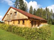 Location gîte, chambres d'hotes L'AUTHENTIQUE, maison neuve en bois de charme, proche de la frontière Suisse dans le département Doubs 25