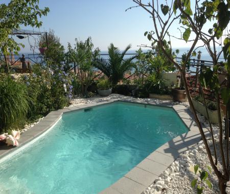 Penthouse avec jacuzzi sur terrasse 5mn des pages - Chambre avec jacuzzi privatif region parisienne ...